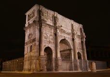Der Bogen von Constantine nachts Lizenzfreie Stockbilder