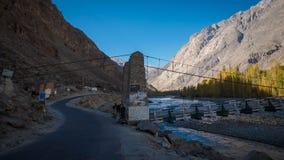 der Brückengilgit-Fluss Stockbilder
