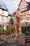 Der Brunnen des Bibbers (auf Deutsch: der Sauferbrunnen) in Limburg ein der Lahn Lizenzfreies Stockfoto