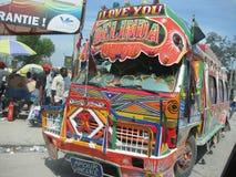 Der Bus der Hoffnung in Haiti stockbilder