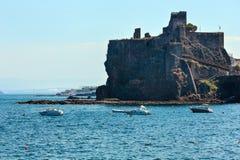Der Castello Normanno in Aci Castello, Sizilien Lizenzfreies Stockfoto