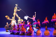 Der 10. China-Kunstfestival-Tanzwettbewerb - Teehaus Stockbild