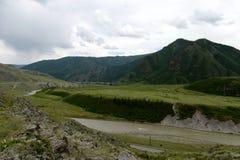 Der Chuya-Fluss im Bereich des Fläche kalbak-Tash, Gorny Altai, Sibirien, Russland lizenzfreie stockbilder