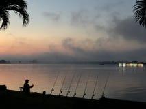 In der Dämmerung fischen lizenzfreies stockbild