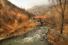 Der Debed-Fluss in Lori-Region im Winter, Armenien Lizenzfreie Stockfotos