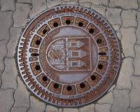 Der Deckel des Wasserkanals Stockfotos