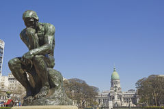 Der Denker in Buenos Aires Stockbilder