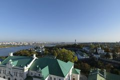 Der Dnieper-Fluss und das Kiew-Pechersk Lavra, Kiew, Ukraine Lizenzfreies Stockbild