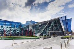 Der Docklandsbereich von Dublin das Theater Bord Gais kennzeichnend stockbild