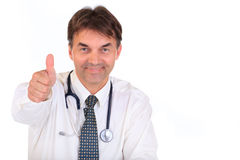 Der Doktor, der Daumen gibt, up Zeichen Stockbilder