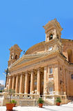 Der Dom in Mosta auf Malta, von der rechten Seite. Church Rotunda of Mosta, Malta, from the right side Stock Photos
