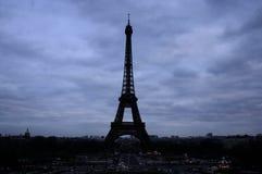 Der dunkle Ausflug Eiffel Stockbild