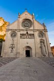 Der Duomo von S. Maria Assunta, Gemona Del Friuli, stockbilder