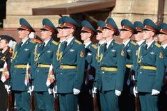 Der Ehrenschutz von Innenministeriumtruppen von Russland Lizenzfreie Stockfotos