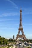 Der Eiffelturm in Paris stockbilder