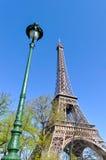 Der Eiffelturm in Paris Lizenzfreie Stockfotos