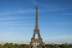 Der Eiffelturm von Paris lizenzfreie stockfotografie