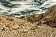 Der Eingang der geologischen Anziehungskraft der roten Schlucht in Israel Lizenzfreies Stockbild