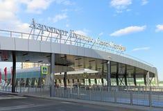 Der Eingang des Flughafens Pulkovo in St Petersburg Stockfoto