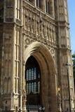 Der Eingang des Palastes von Westminster in Westminster, London, England Stockbilder