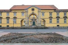 Der Eingang von einem Chateau stockbilder