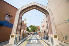 Der Eingang zur Sultansmoschee in Singapur Lizenzfreie Stockfotografie