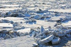Der Eis gebrochene Hintergrund Lizenzfreies Stockfoto