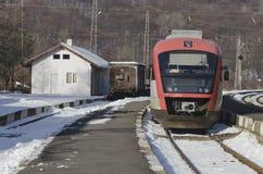 Der elektrische Zug zieht Lizenzfreies Stockfoto