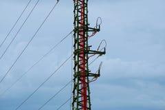 Der Energiestrom im blauen Himmel lizenzfreies stockfoto