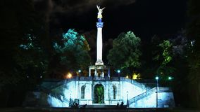 Der Engel des Friedens Friedensengel, Engel des Friedens ist ein Monument im München-Vorort von Bogenhausen, Deutschland stock video