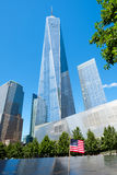 Der Erinnerungs- und ein World Trade Center-Turm am 11. September in New York Lizenzfreies Stockfoto