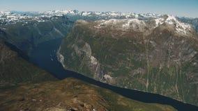 Der erstaunliche Fjord von Geiranger stock video footage