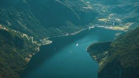Der erstaunliche Fjord von Geiranger stock video