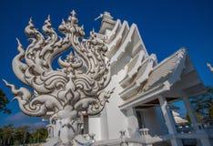 Der erstaunliche Wat Rong Khun-Tempel von Chiang Rai, Thailand lizenzfreie stockfotos