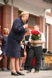 Der erste Ruf 1. September Wissens-Tag in der russischen Schule Tag des Wissens Erster Tag der Schule Lizenzfreies Stockbild