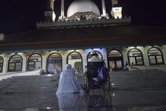 Der erste Tag an tarawih Gebet MAJT Semarang Lizenzfreies Stockfoto