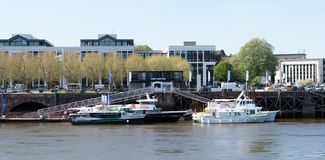 Der Fährhafen wo die Abfahrt des roquio stockfotografie