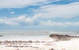 Der Felsen-Strand Stockfotos
