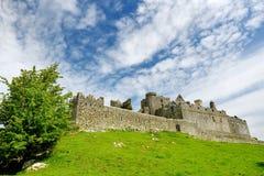 Der Felsen von Cashel, eine historische Stätte gelegen bei Cashel, Grafschaft Tipperary, Irland Lizenzfreie Stockfotografie