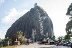 Der Felsen von Guatape Stockfotos