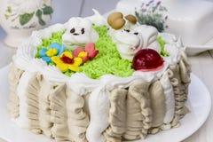 Der festliche Kuchen der Kinder Lizenzfreies Stockfoto