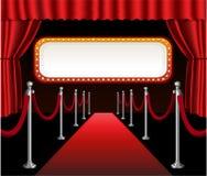 Der Filmpremiere des roten Teppichs elegantes Ereignisrot Stockfoto