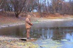 Der Fischer lizenzfreie stockbilder