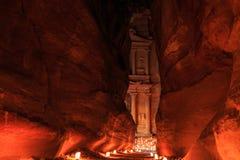 Der Fiskus, Petra By Night Eine alte Stadt von PETRA, Al Khazn Lizenzfreie Stockfotos