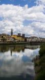 Der Florenz-Arno-Fluss Lizenzfreies Stockfoto
