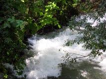 Der Fluss Ak-Buura Stockfotos