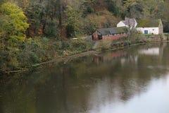 Der Fluss in Durham, Großbritannien stockfotos