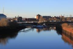 Der Fluss Kelvin in der Stadt von Glasgow lizenzfreie stockbilder