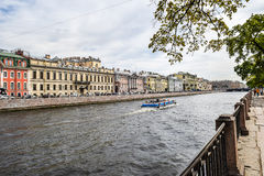 Der Fontanka-Fluss in St Petersburg Stockbilder