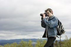 Der Fotograf auf der Natur Lizenzfreies Stockfoto